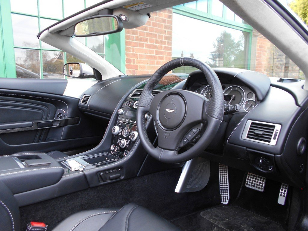 2010 Aston Martin DBS Volante Touchtronic Convertible  For Sale (picture 4 of 4)