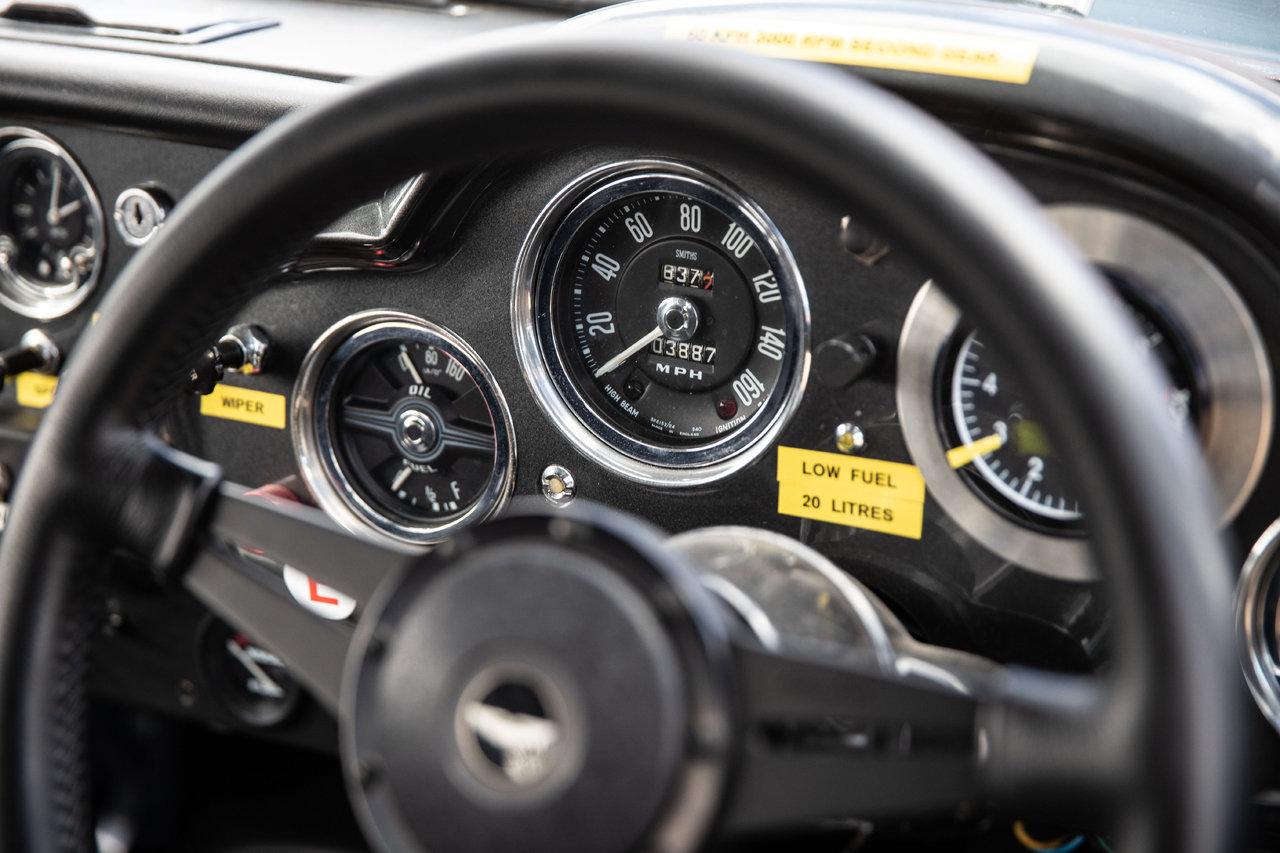1961 Aston Martin DB4 FIA Race Car For Sale (picture 5 of 6)