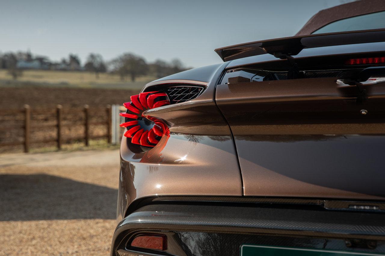 2018 Aston Martin Vanquish Zagato Volante For Sale (picture 4 of 6)