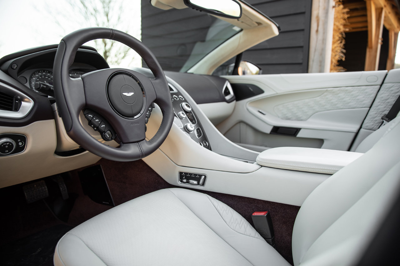 2018 Aston Martin Vanquish Zagato Volante For Sale (picture 5 of 6)