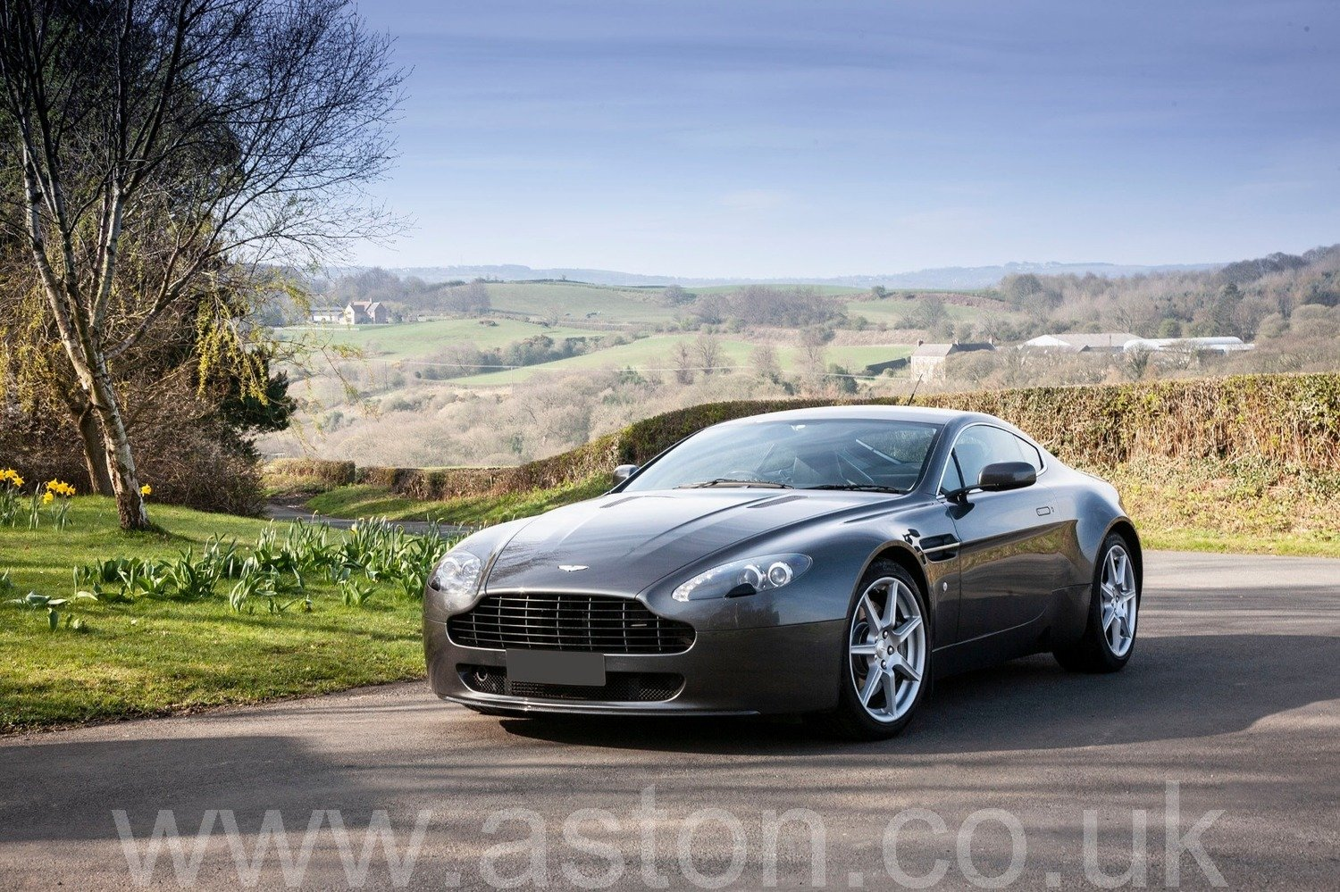 2007 V8 Vantage SOLD (picture 1 of 6)