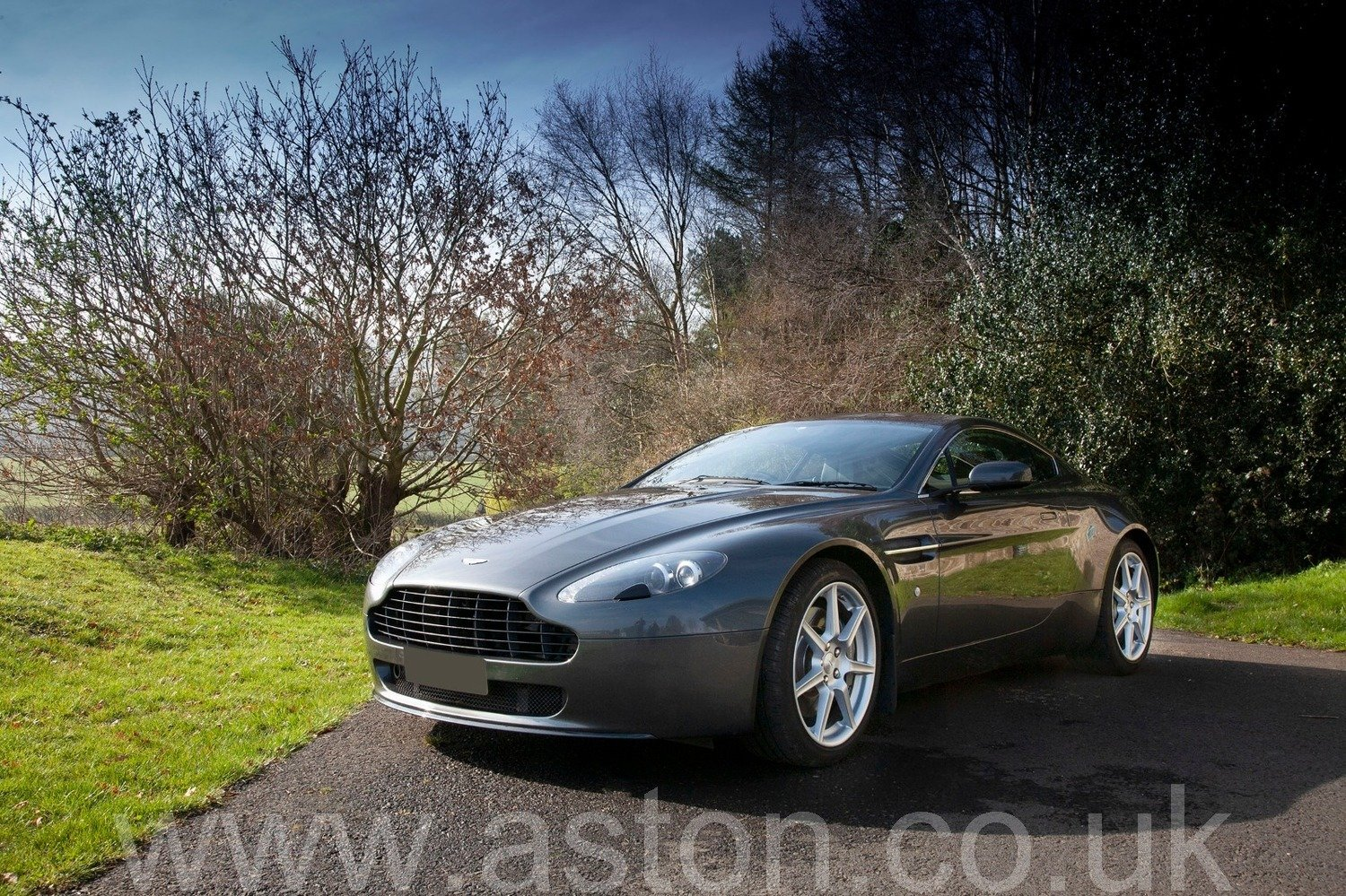 2007 V8 Vantage SOLD (picture 2 of 6)