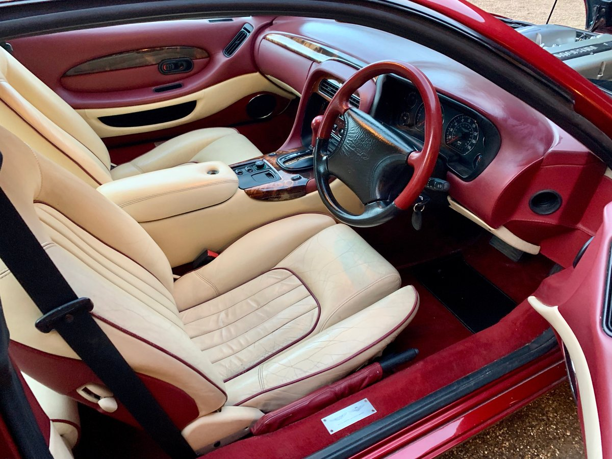 1997 ASTON MARTIN DB7 I6 COUPE (AIRBAG MODEL) SOLD (picture 3 of 6)