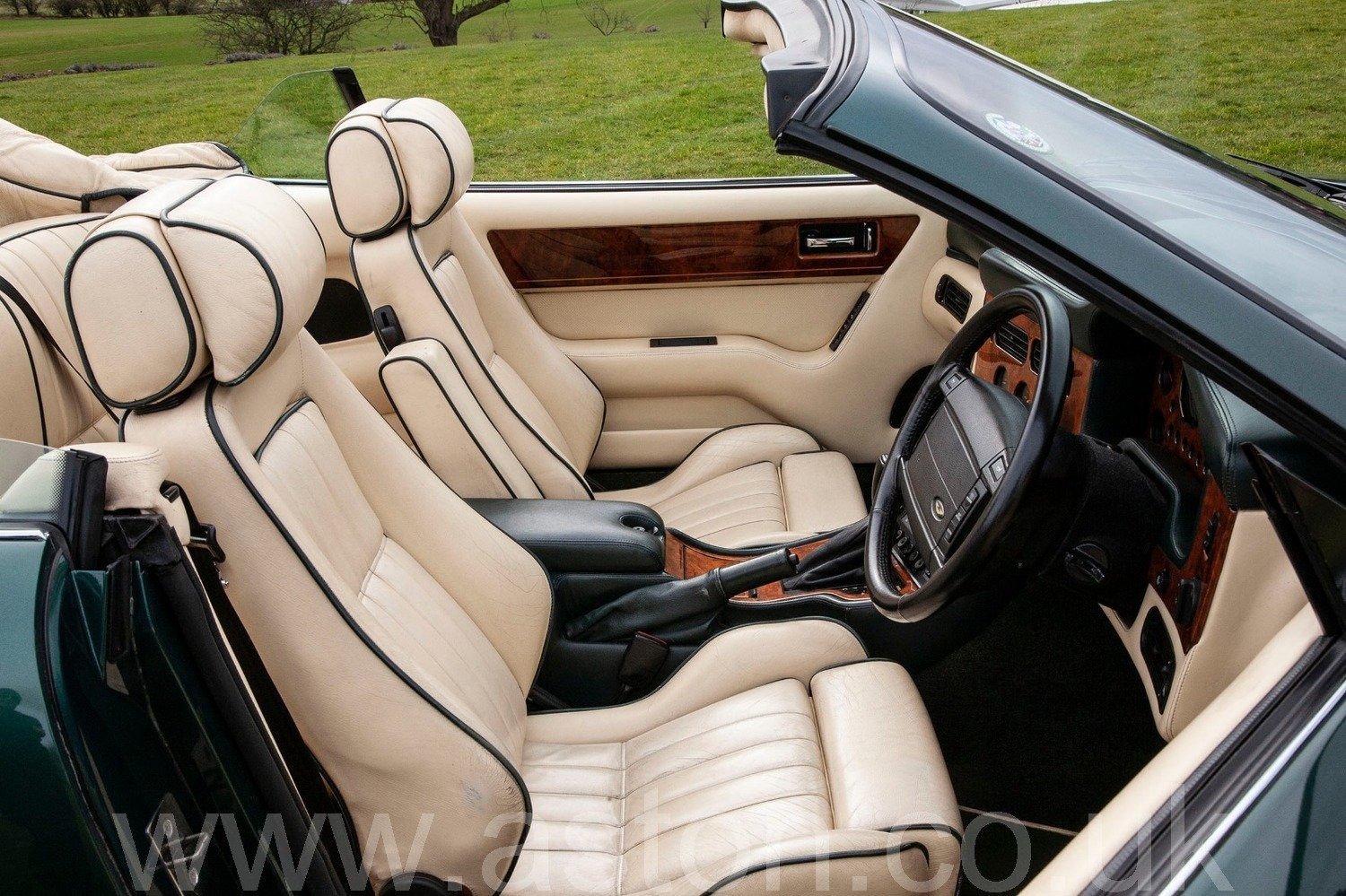 1994 Aston Martin Virage Volante (Wide Body) For Sale (picture 3 of 6)