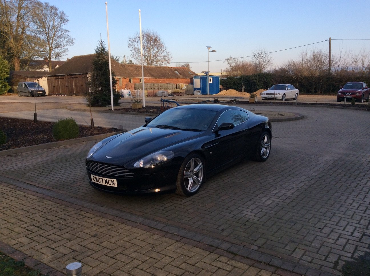 2007 Stunning DB9 Coupe For Sale (picture 2 of 3)