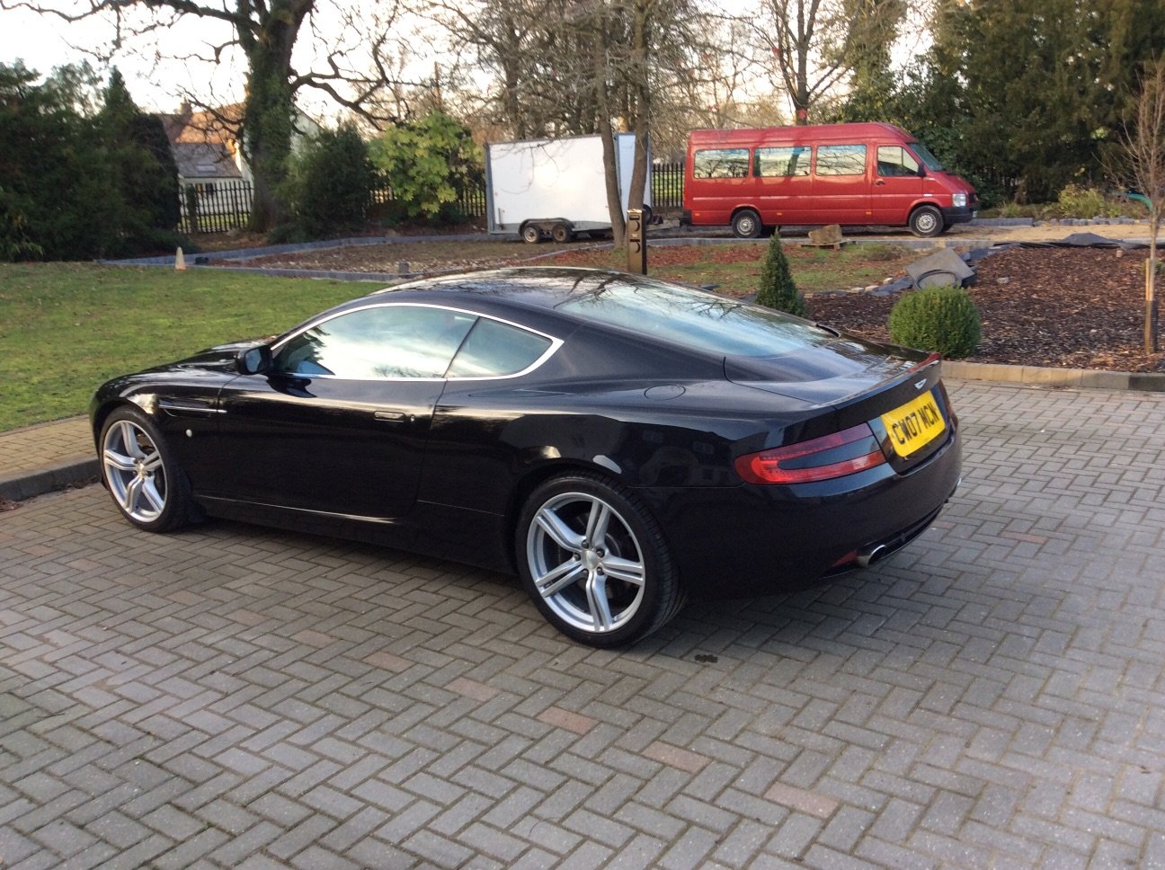 2007 Stunning DB9 Coupe For Sale (picture 3 of 3)