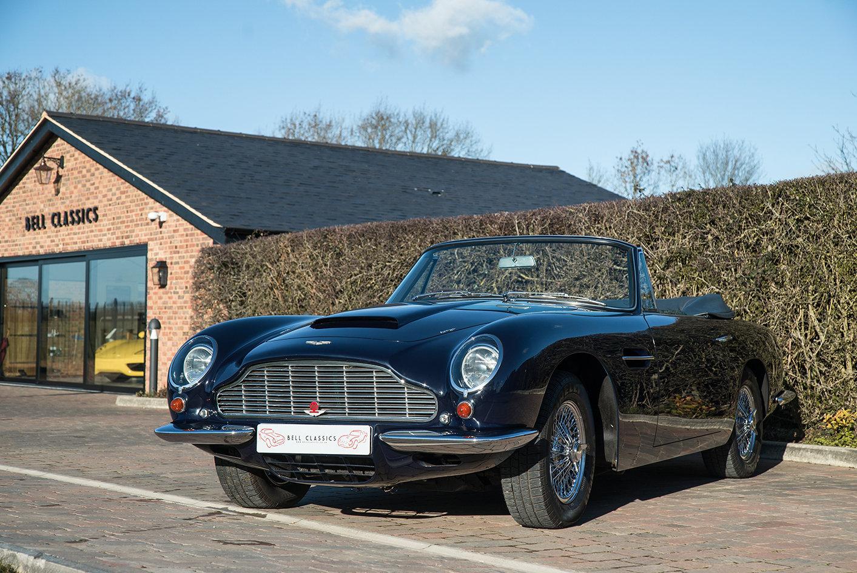 1968 Aston Martin DB6 Volante  For Sale (picture 2 of 6)