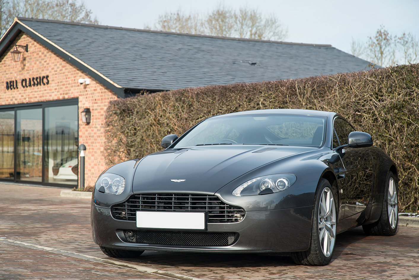 2011 Aston Martin Vantage 4.7 Sportshift Coupe For Sale (picture 2 of 6)