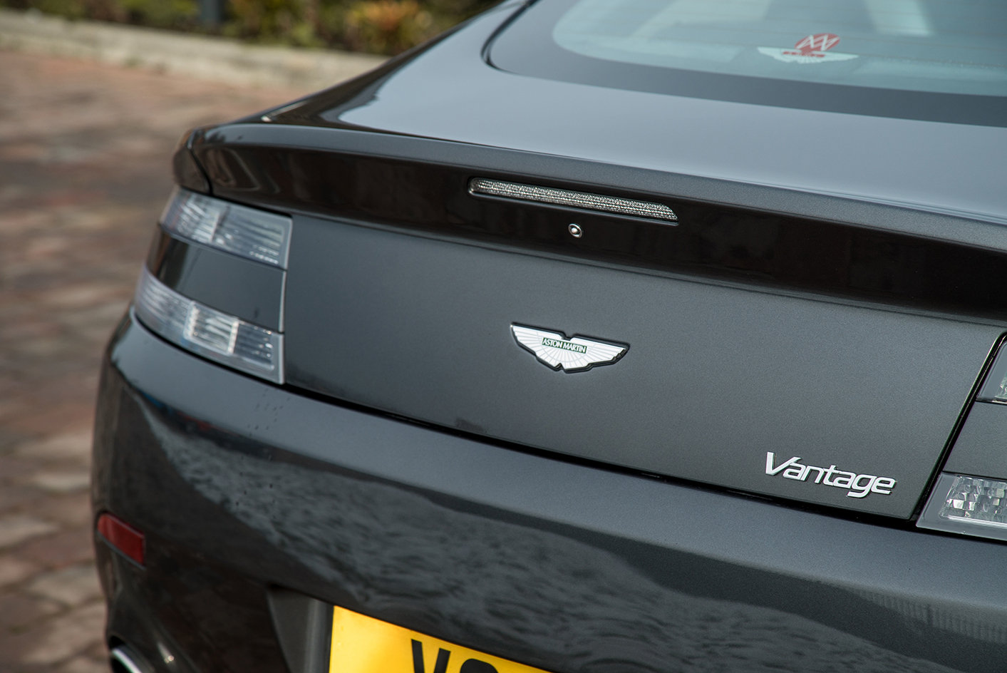 2011 Aston Martin Vantage 4.7 Sportshift Coupe For Sale (picture 5 of 6)