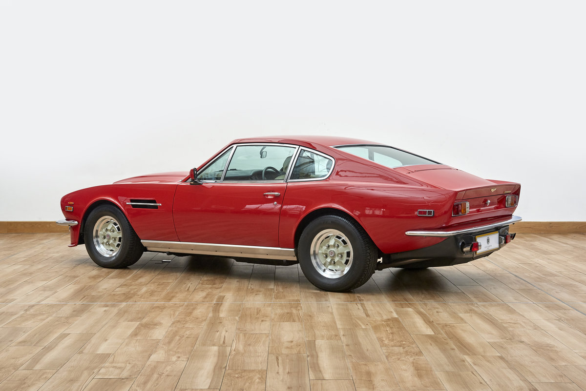 1979 Aston Martin AMV8 Vantage Saloon For Sale (picture 2 of 6)