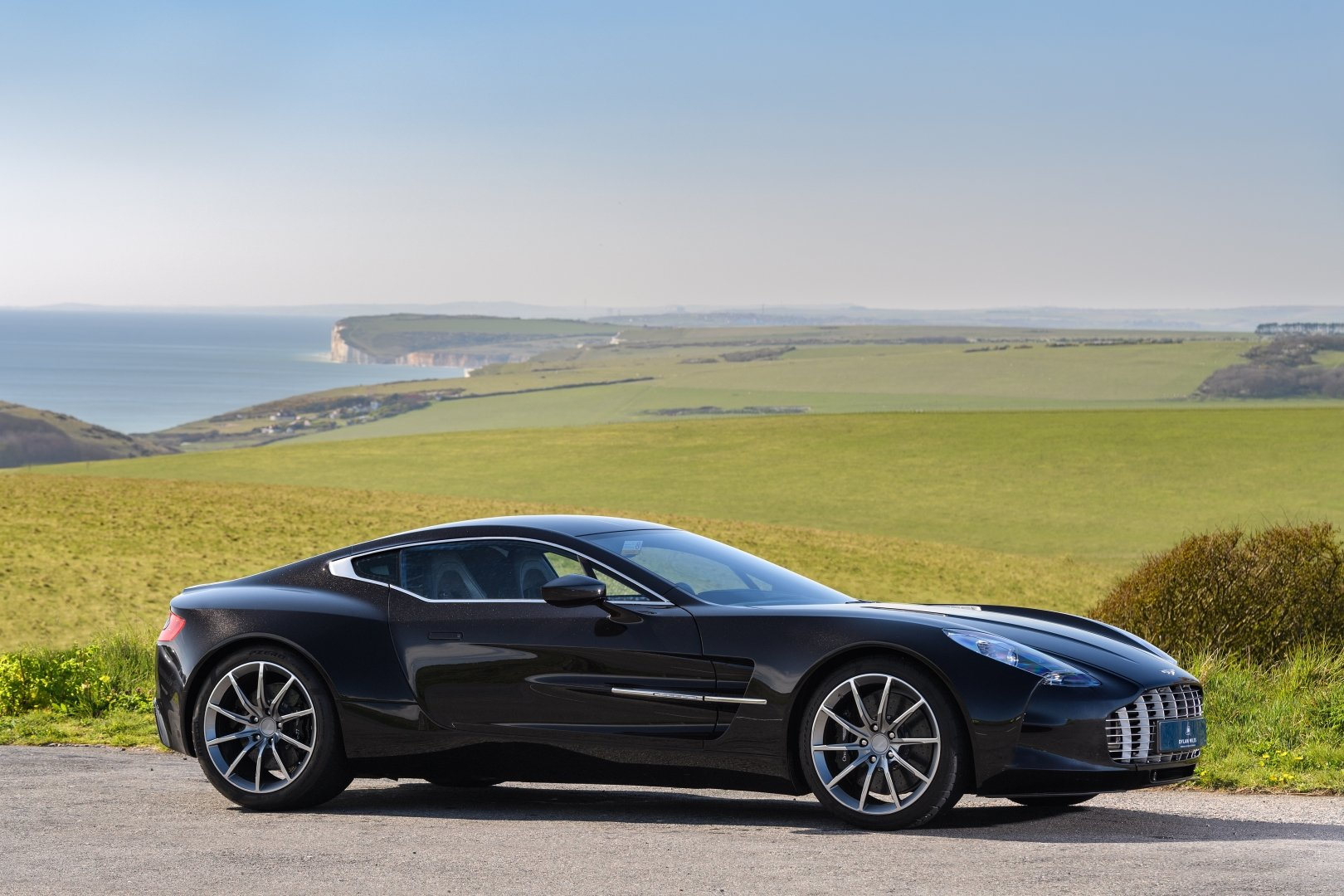 Aston Martin One-77 For Sale >> 2012 Aston Martin One 77 For Sale Car And Classic