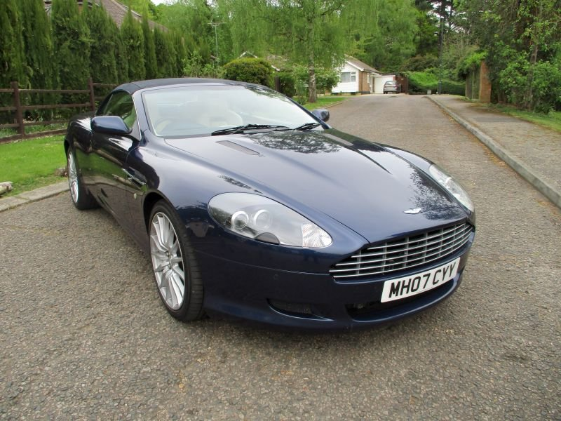 2007 ASTON MARTIN DB9 VOLANTE CONVERTIBLE STUNNING FSH For Sale (picture 2 of 12)