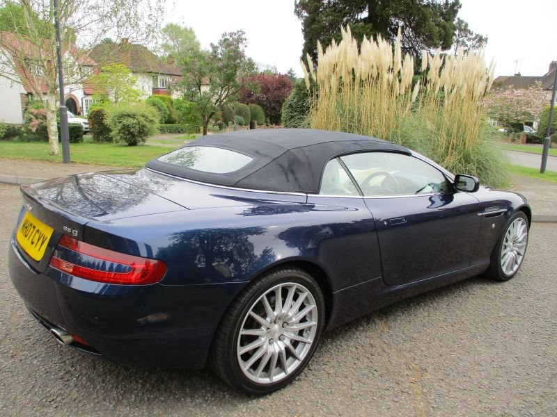 2007 ASTON MARTIN DB9 VOLANTE CONVERTIBLE STUNNING FSH For Sale (picture 6 of 12)
