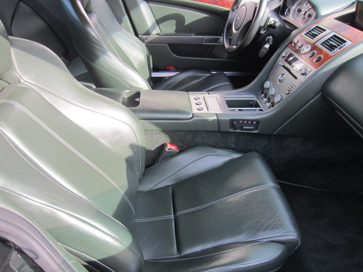 2007 LHD ASTON MARTIN DB9 in Exellent cond low miles For Sale (picture 3 of 6)