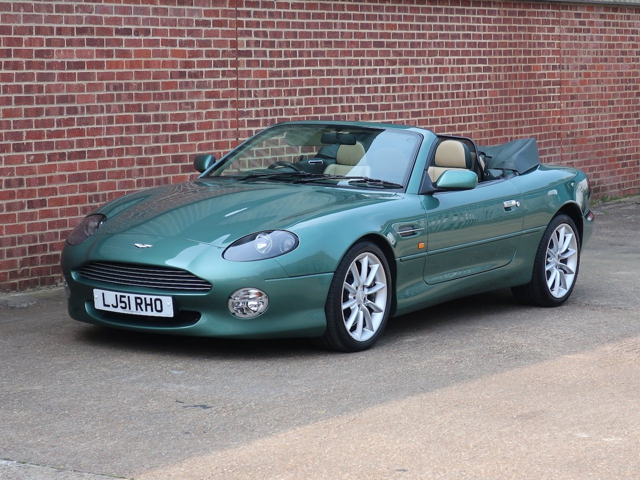 2002 Aston Martin Vantage Volante For Sale (picture 6 of 6)
