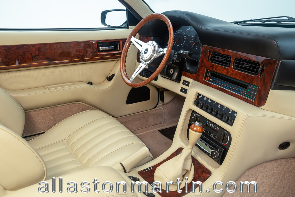 1991 Exceptional Swiss Registered LHD Aston Martin Virage Auto. For Sale (picture 3 of 6)