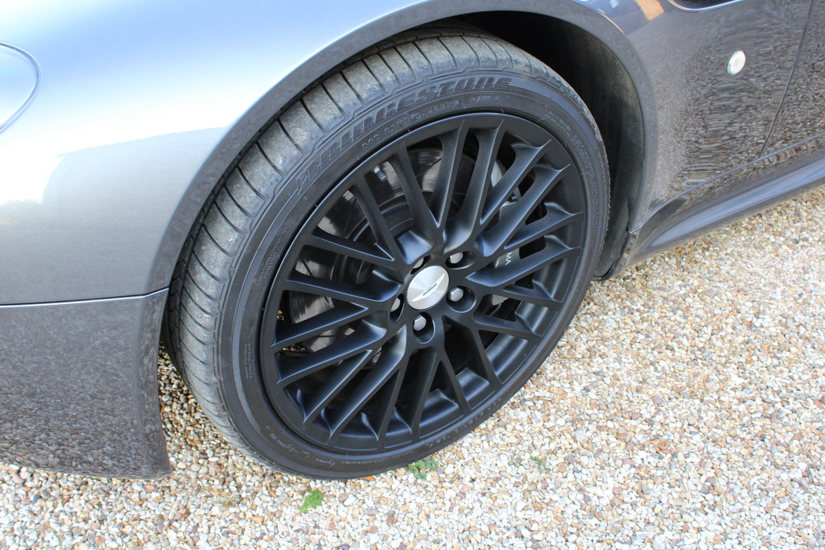 2012 ASTON MARTIN VANTAGE  - 26,000 MILES - £48,950 For Sale (picture 10 of 12)