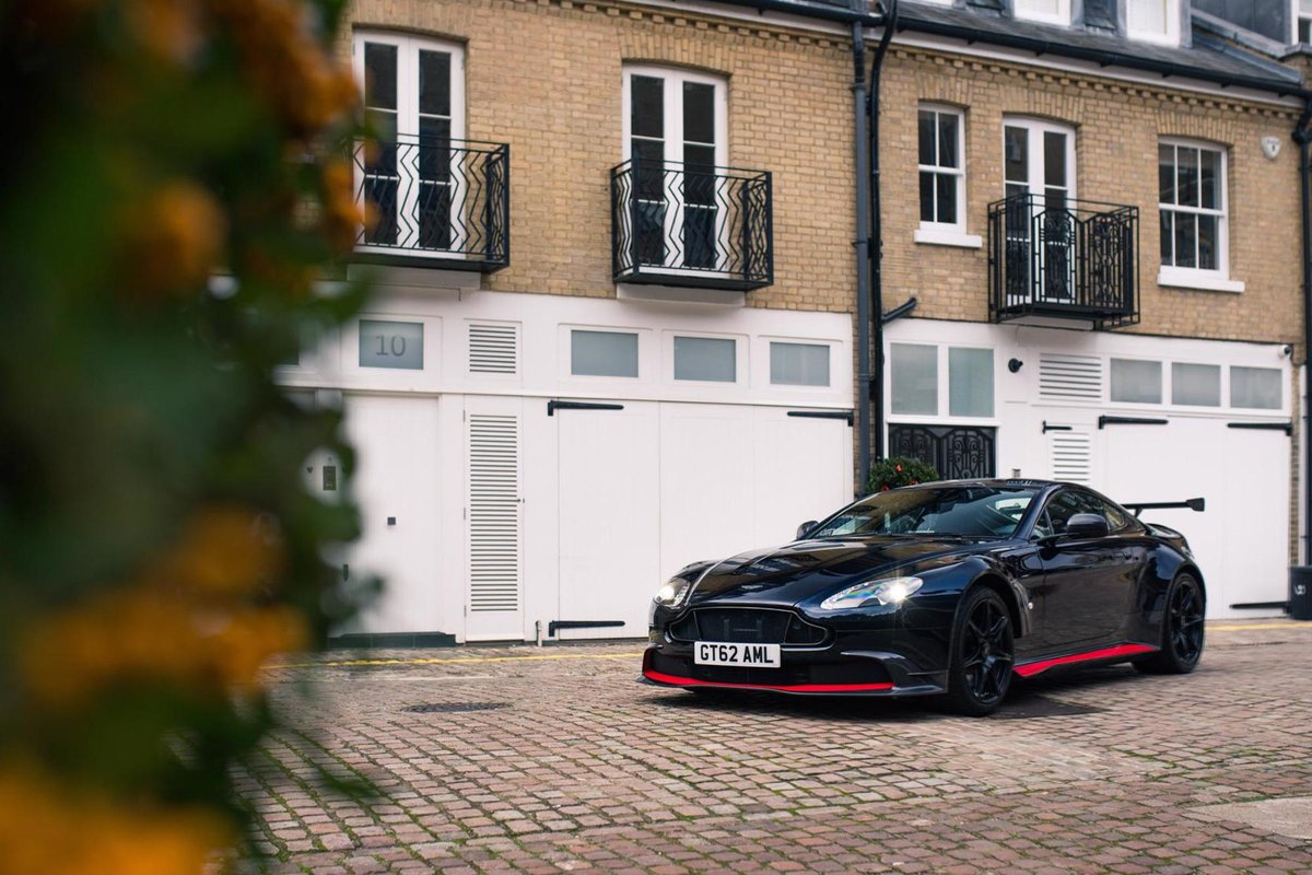 2017 Aston Martin Vantage GT8 - AML Special Paint For Sale (picture 1 of 6)