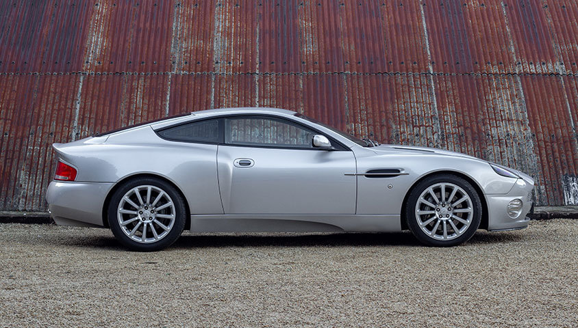 2004 ASTON MARTIN VANQUISH V12 SOLD (picture 3 of 6)