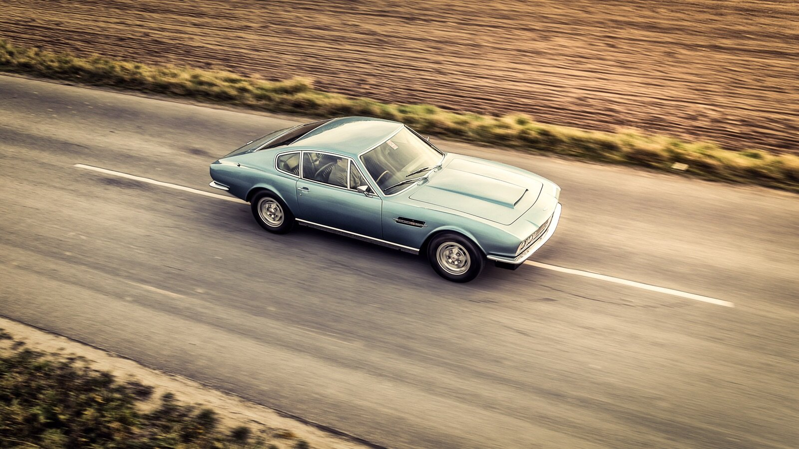 1972 Aston Martin DBS V8 Manual For Sale (picture 1 of 6)