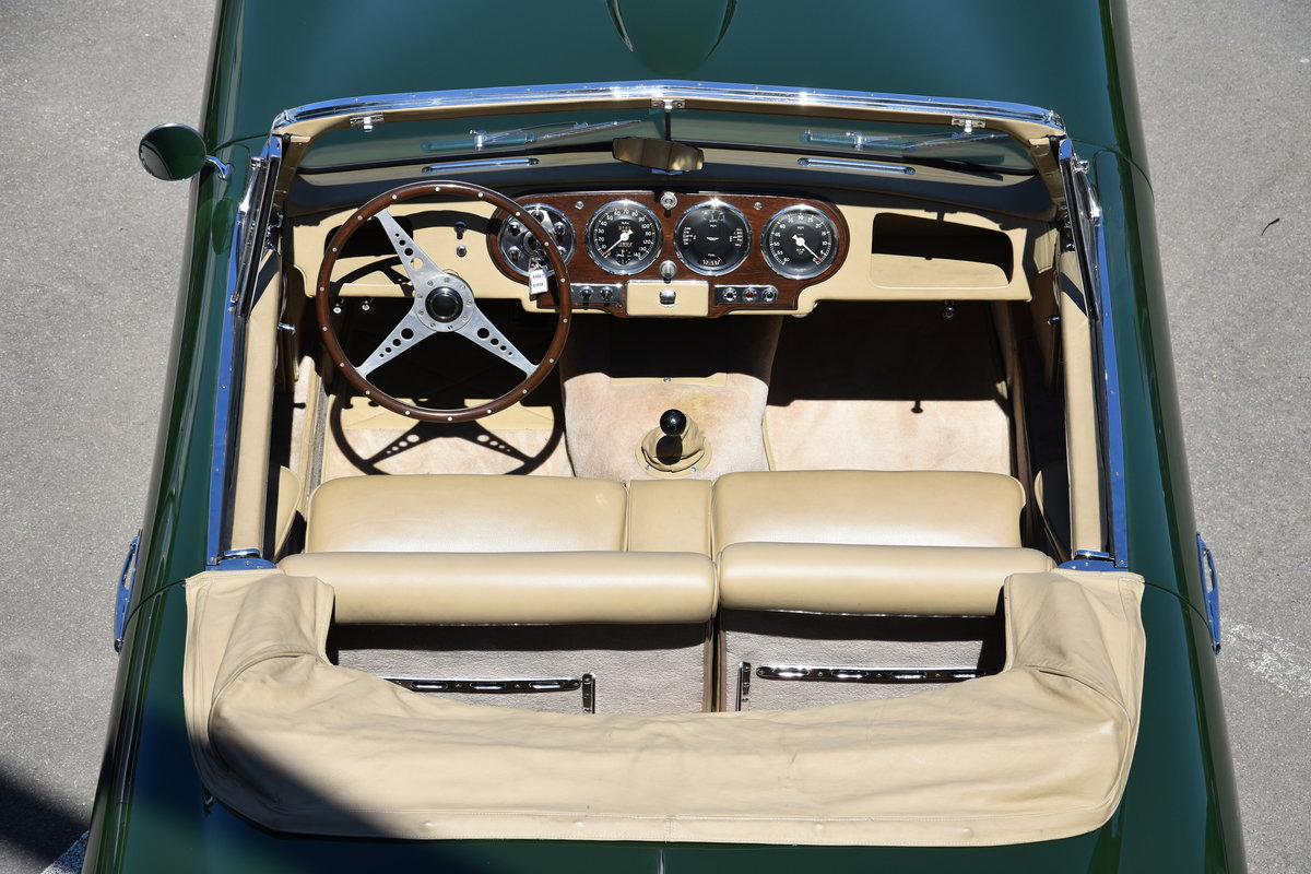 1953 Aston Martin DB2 Vantage DHC LHD For Sale by Auction (picture 4 of 5)