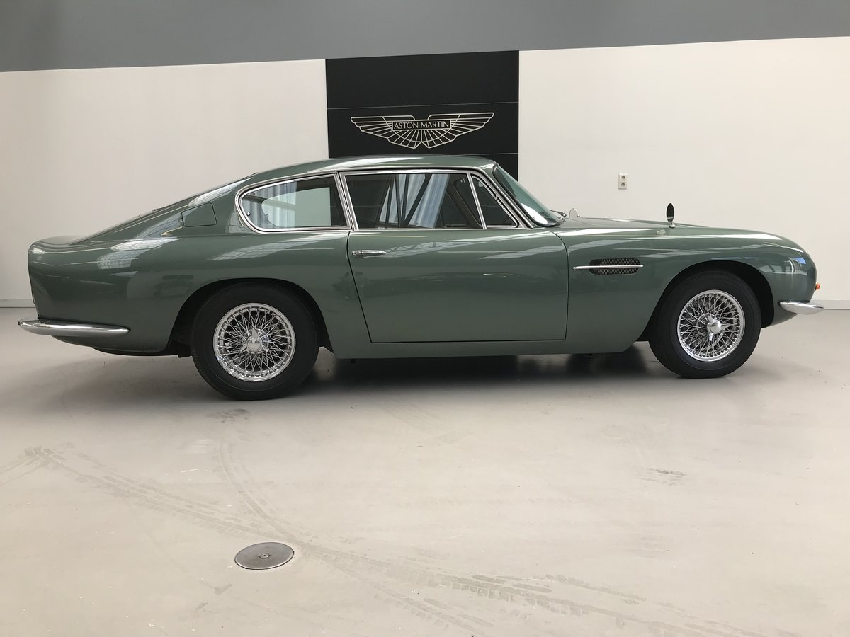1968 Aston Martin DB6  For Sale (picture 3 of 6)