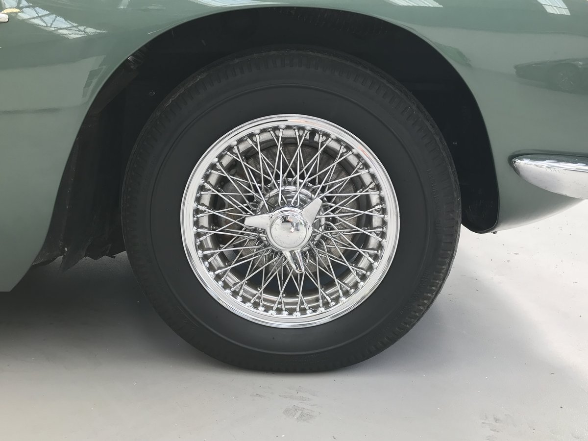 1968 Aston Martin DB6  For Sale (picture 4 of 6)