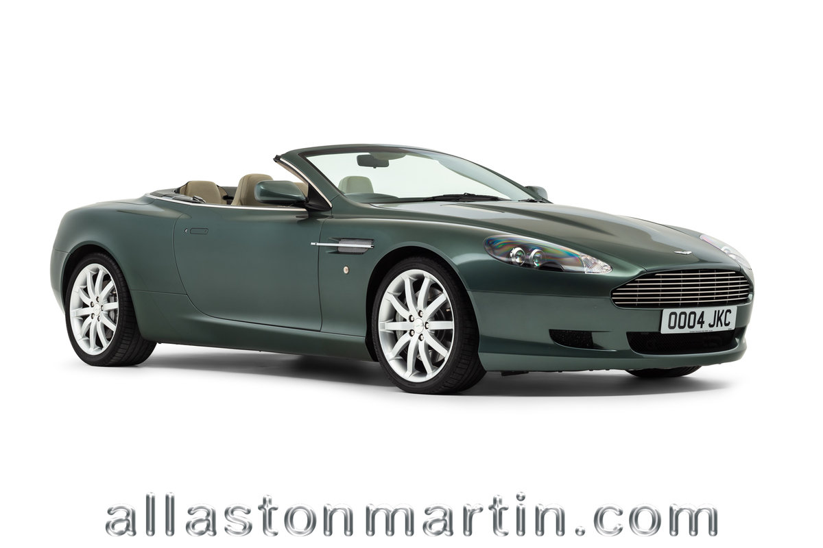 2006 Rare Manual Aston Martin DB9 Volante with tailored luggage For Sale (picture 1 of 6)