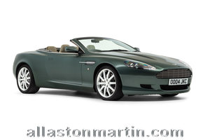 2006 Rare Manual Aston Martin DB9 Volante with tailored luggage For Sale