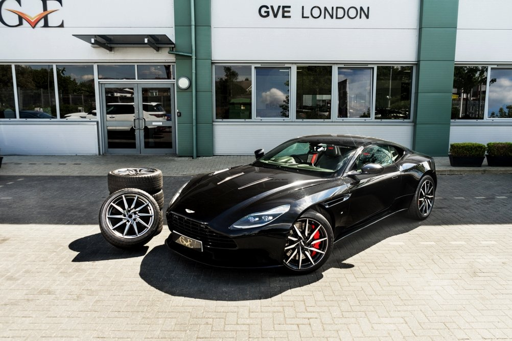Aston Martin DB11 V12 Launch Edition 2016/66 + Winter Wheel  SOLD (picture 1 of 6)
