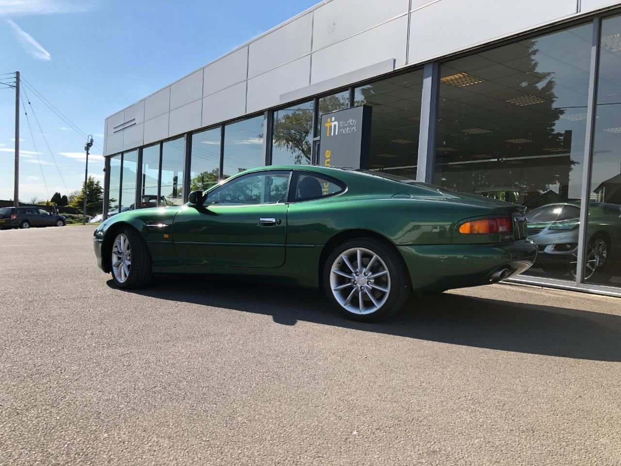 2000 Aston Martin DB7 Vantage SOLD (picture 2 of 6)