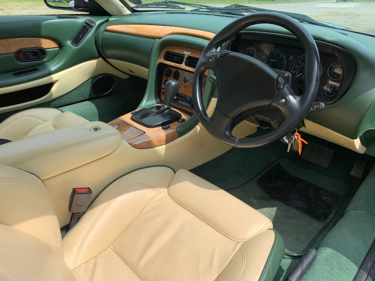 2000 Aston Martin DB7 Vantage SOLD (picture 6 of 6)