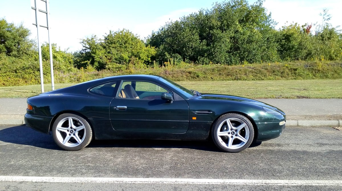 1998 Aston Martin 3.2 coupe. Low mileage For Sale (picture 1 of 6)