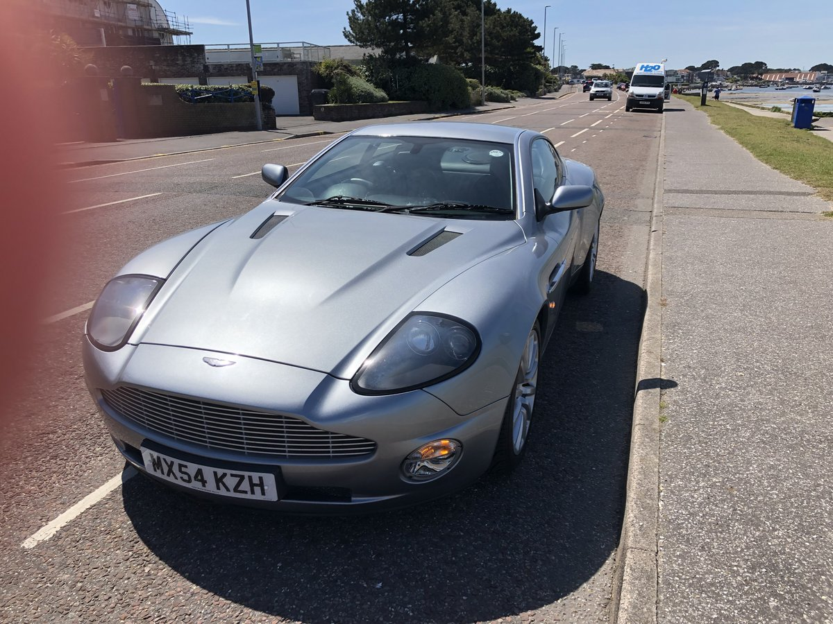2004 Aston Martin Vanquish V12 Immaculate For Sale (picture 4 of 6)