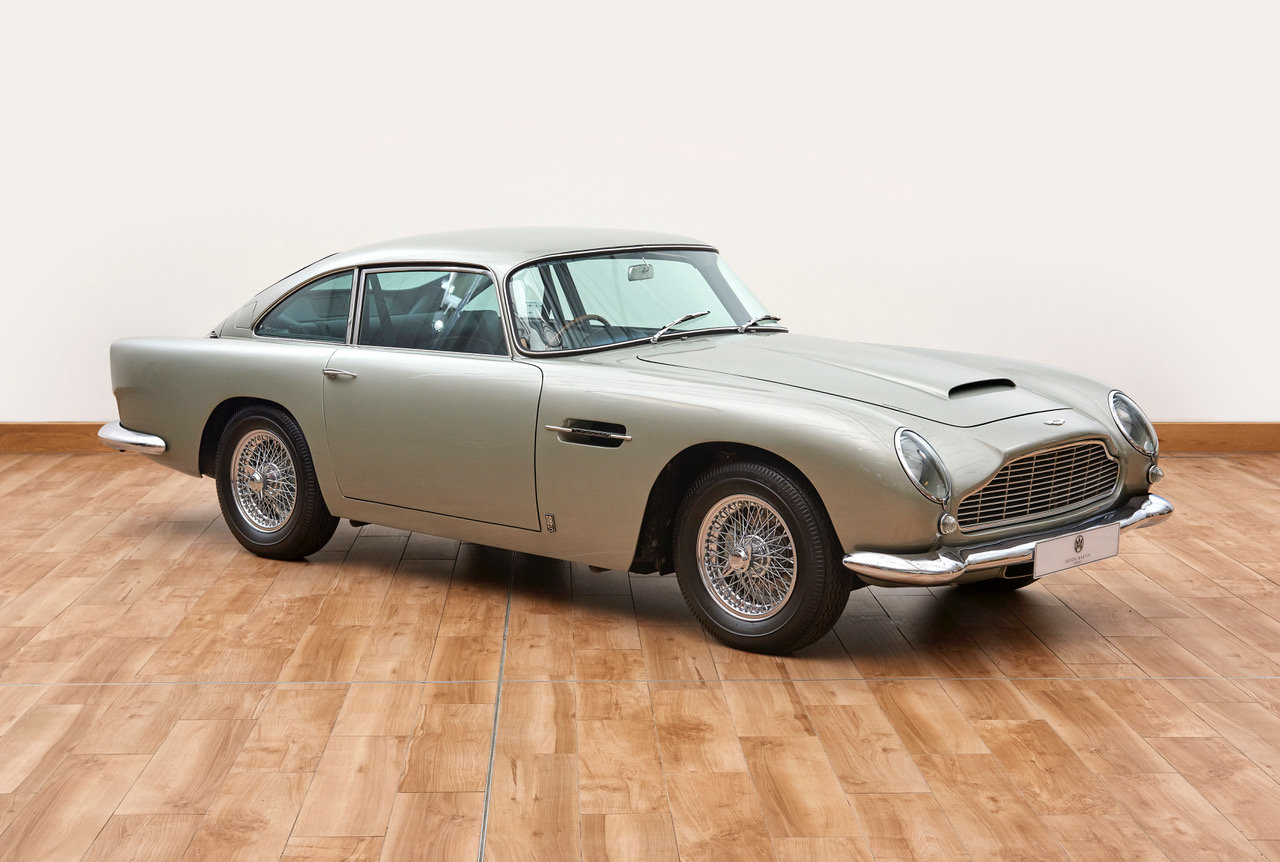 1964 Aston Martin DB5 Vantage Saloon For Sale (picture 1 of 6)