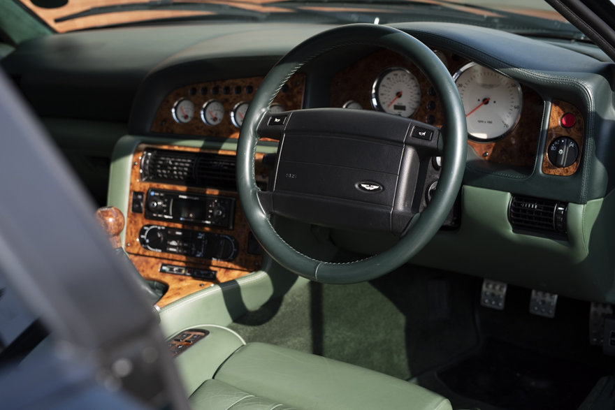 2000 Aston Martin V8 Vantage V600 Le Mans For Sale in London(RHD) For Sale (picture 9 of 12)