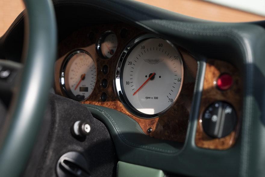 2000 Aston Martin V8 Vantage V600 Le Mans For Sale in London(RHD) For Sale (picture 10 of 12)