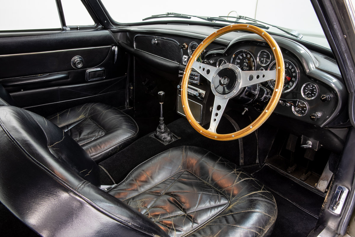 ASTON MARTIN DB6 VANTAGE 1967 For Sale (picture 5 of 6)
