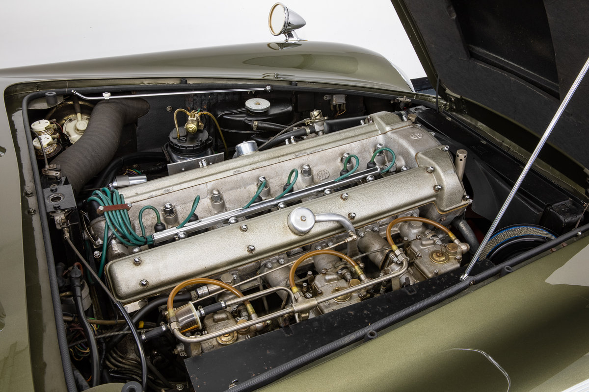ASTON MARTIN DB6 VANTAGE 1967 For Sale (picture 6 of 6)