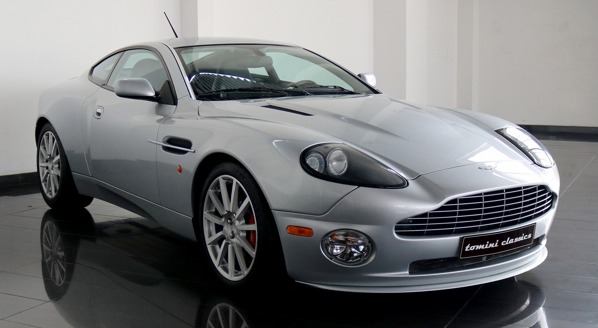 Aston Martin Vanquish S (2006) For Sale (picture 1 of 6)
