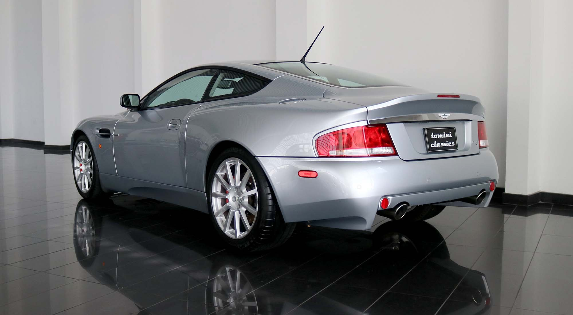 Aston Martin Vanquish S (2006) For Sale (picture 3 of 6)