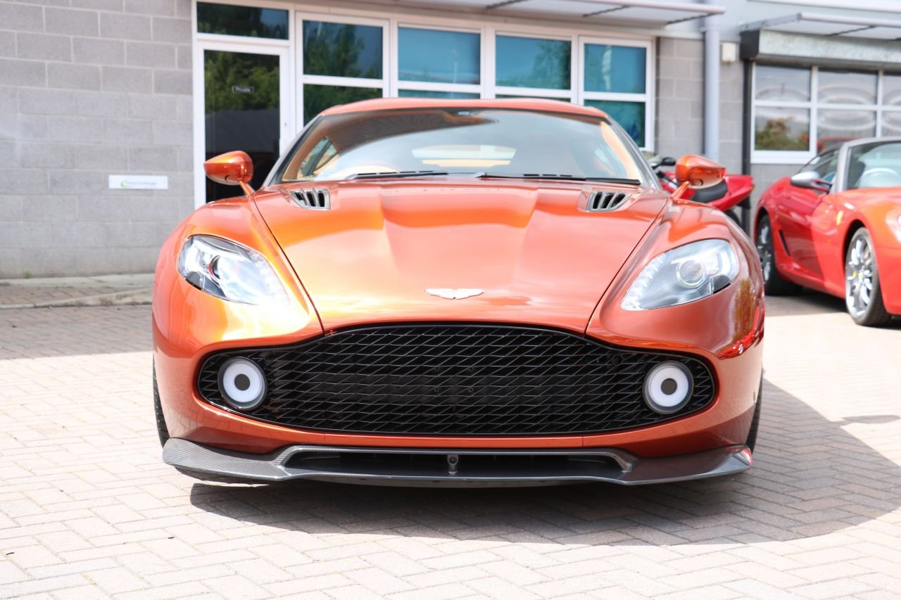 2017 Aston Martin Vanquish Zagato Coupe - 59 Miles, 1 Owner! For Sale (picture 2 of 6)
