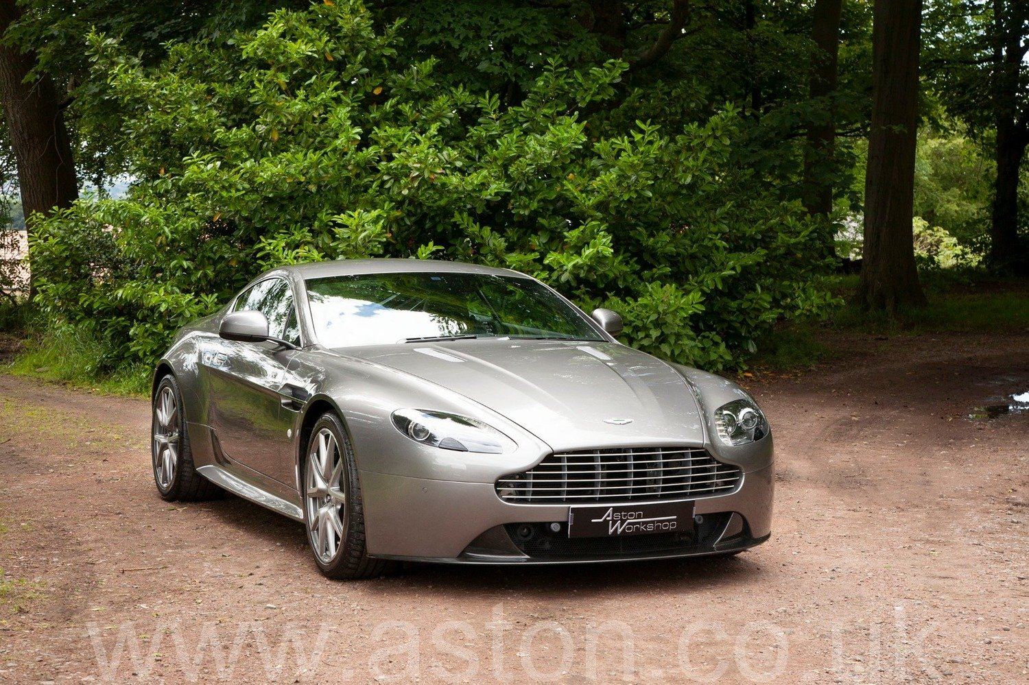 Aston Martin Vantage 4.7 V8 2012MY S For Sale (picture 1 of 6)