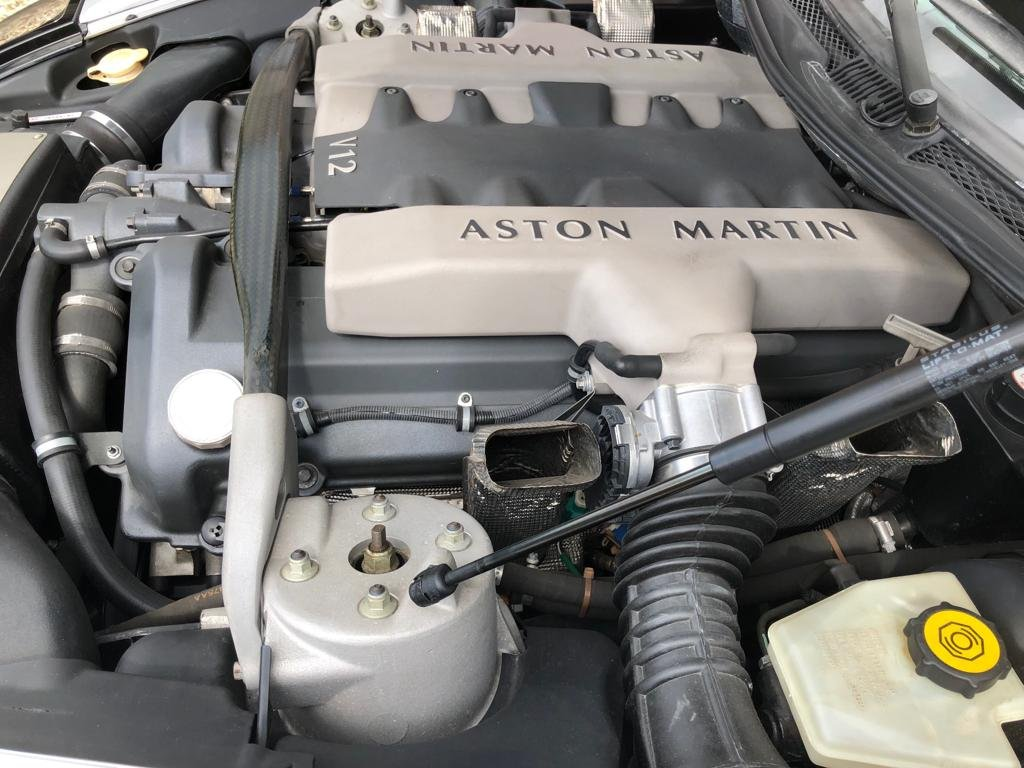 2004 Aston Martin Vanquish ONLY 5,600 miles as new immaculat For Sale (picture 6 of 6)