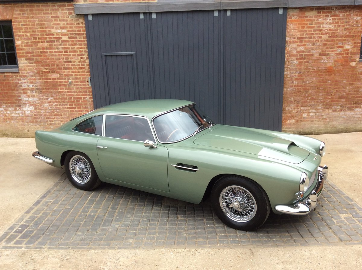 1960 Aston Martin DB4 Series 11 SOLD (picture 2 of 6)