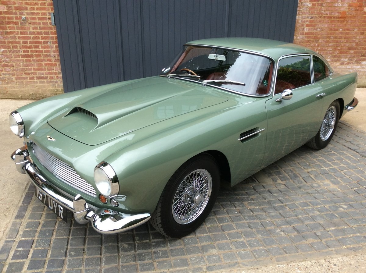 1960 Aston Martin DB4 Series 11 SOLD (picture 3 of 6)