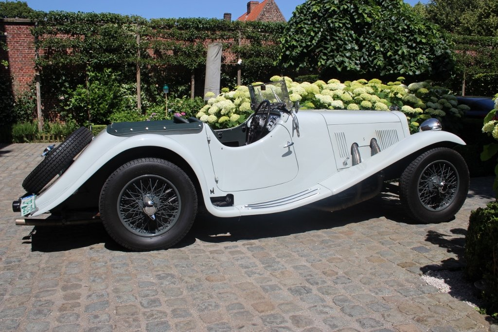 1939 Exceptional beautiful and great restored Aston Martin 15/98 For Sale (picture 2 of 6)