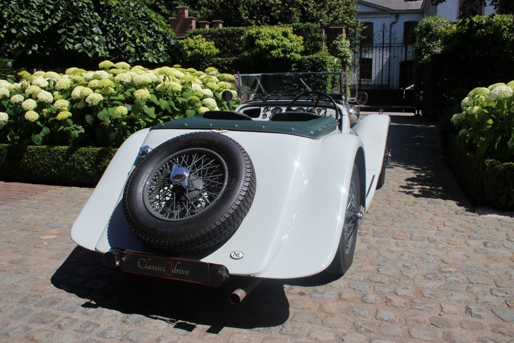 1939 Exceptional beautiful and great restored Aston Martin 15/98 For Sale (picture 3 of 6)