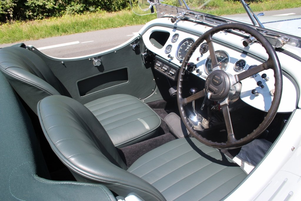 1939 Exceptional beautiful and great restored Aston Martin 15/98 For Sale (picture 4 of 6)