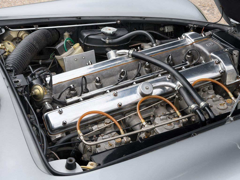 1969 Aston Martin DB6 Vantage Mk II For Sale by Auction (picture 3 of 6)